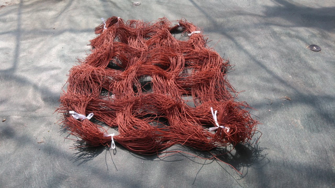 袋から取り出したフラワーネット